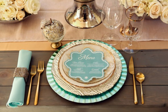 Ruffled-mint-and-gold-winter-wedding5-590x393